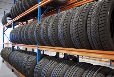 Estantes para pneus
